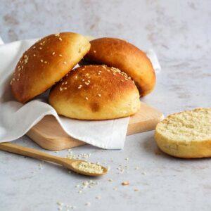Smaakvolle broodjes om zelf te maken voor je hamburger